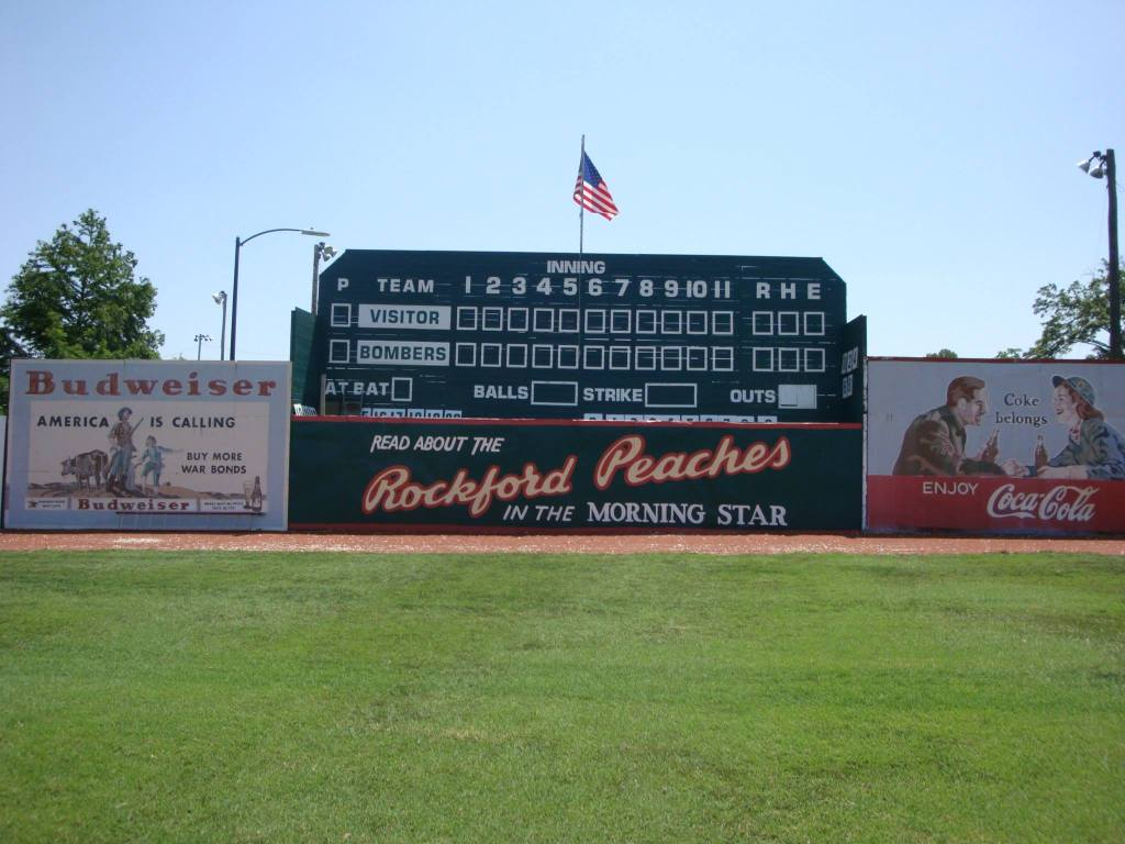 Rockford Peaches Outfield