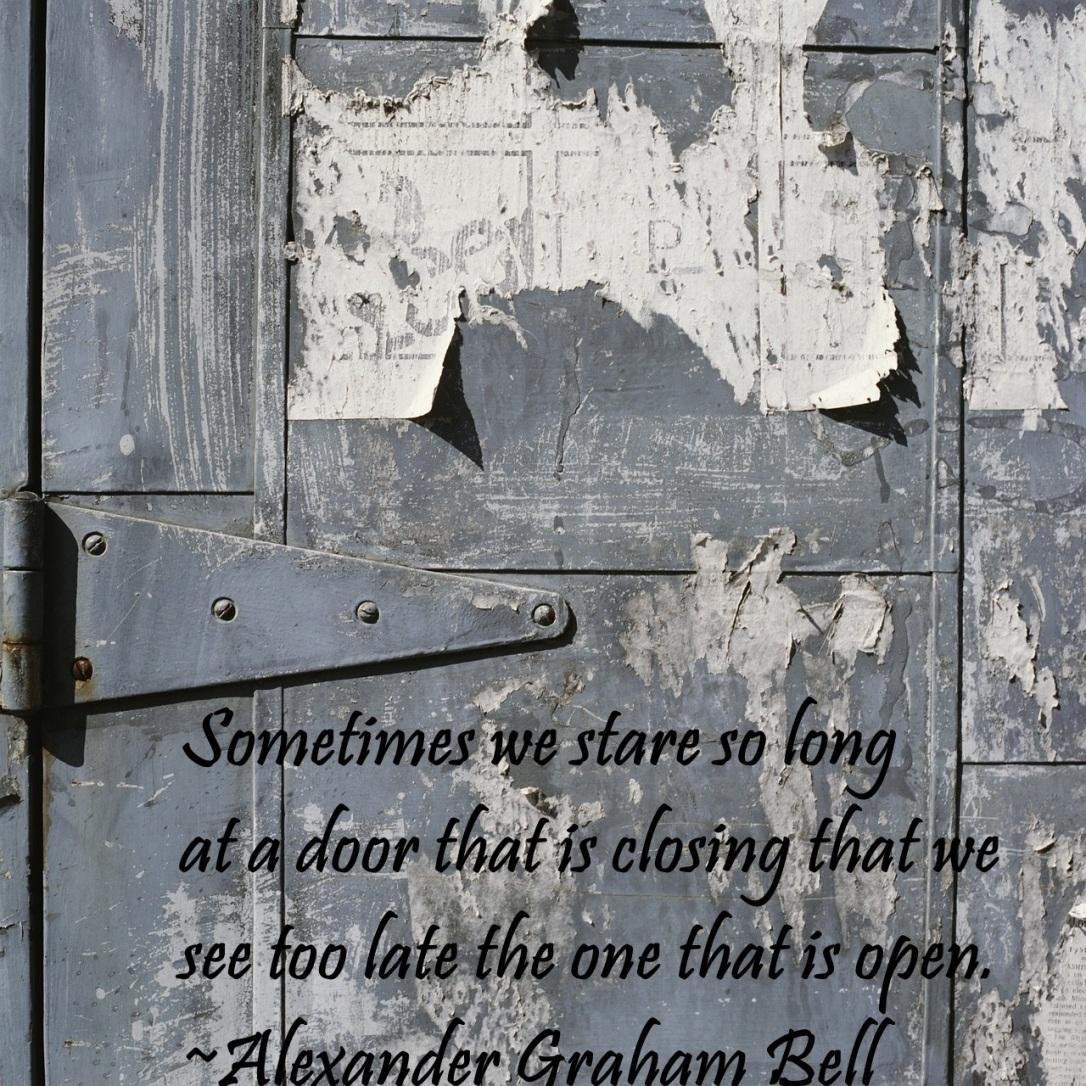 Bell door quote-321656_1280 cc0